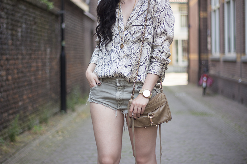 REPEAT   TheChicItalian   I consider myself an outfit repeater especially with this outfit with my Equipment blouse, Zara shorts & summer accessories.