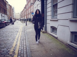 LONDON CALLING | TheChicItalian | February editors note + travel outfit with H&M faux leather biker jacket, Isabel Marant Bart sneakers & ASOS pony hair cross body bag