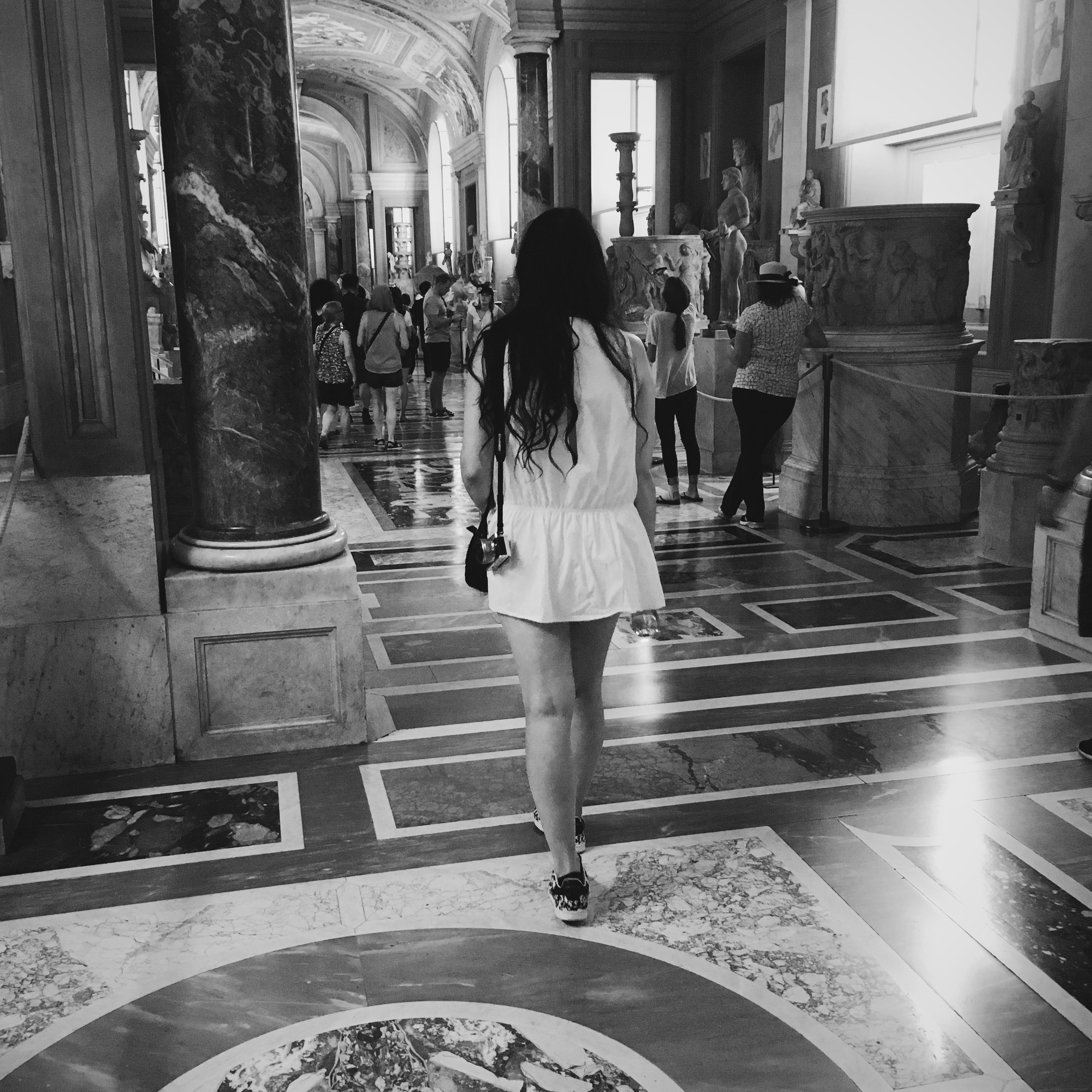 VATICAN CITY & SUMMER PLAYSUIT || THECHICITALIAN || Second Rome outfit with my Summer playsuit from Zara to do some sightseeing around Vatican city