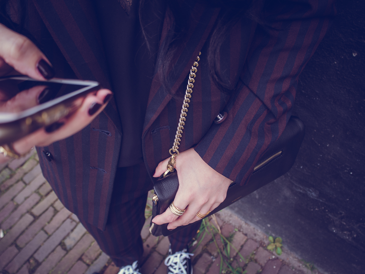 H&M STRIPED SUIT & KNOMO CLUTCH || THECHICITALIAN || Wearing my H&M striped suit with Samsøe & Samsøe lace cami top, Converse low All Stars & Knomo London Elektronista clutch