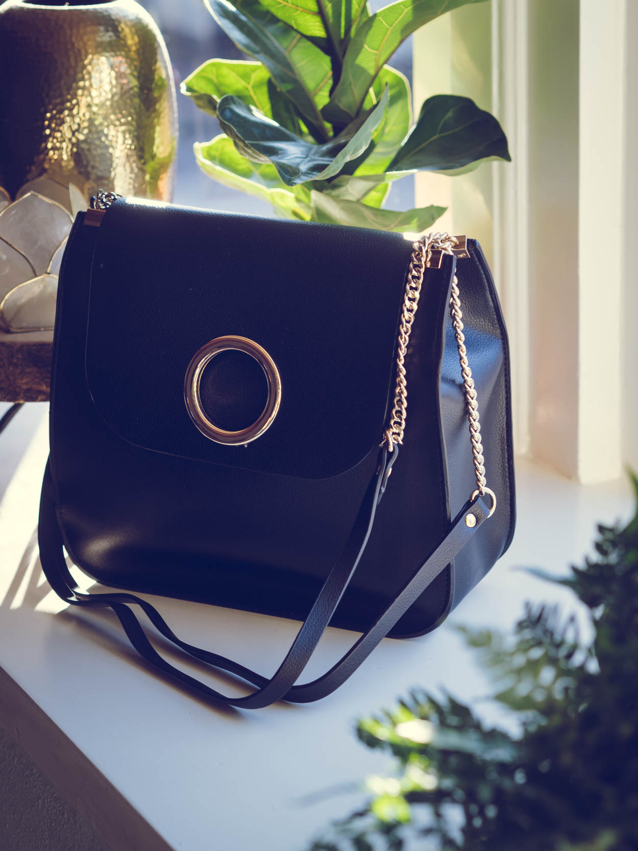 5 CHIC AFFORDABLE BLACK FALL BAGS THAT LOOK LUXURIOUS | THECHICITALIAN | The best high street fall bags out there right now