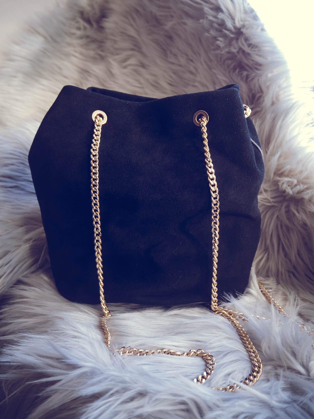 5 CHIC AFFORDABLE BLACK FALL BAGS THAT LOOK LUXURIOUS | THECHICITALIAN | My top high street fall bag choices that look as expensive as a designer bag