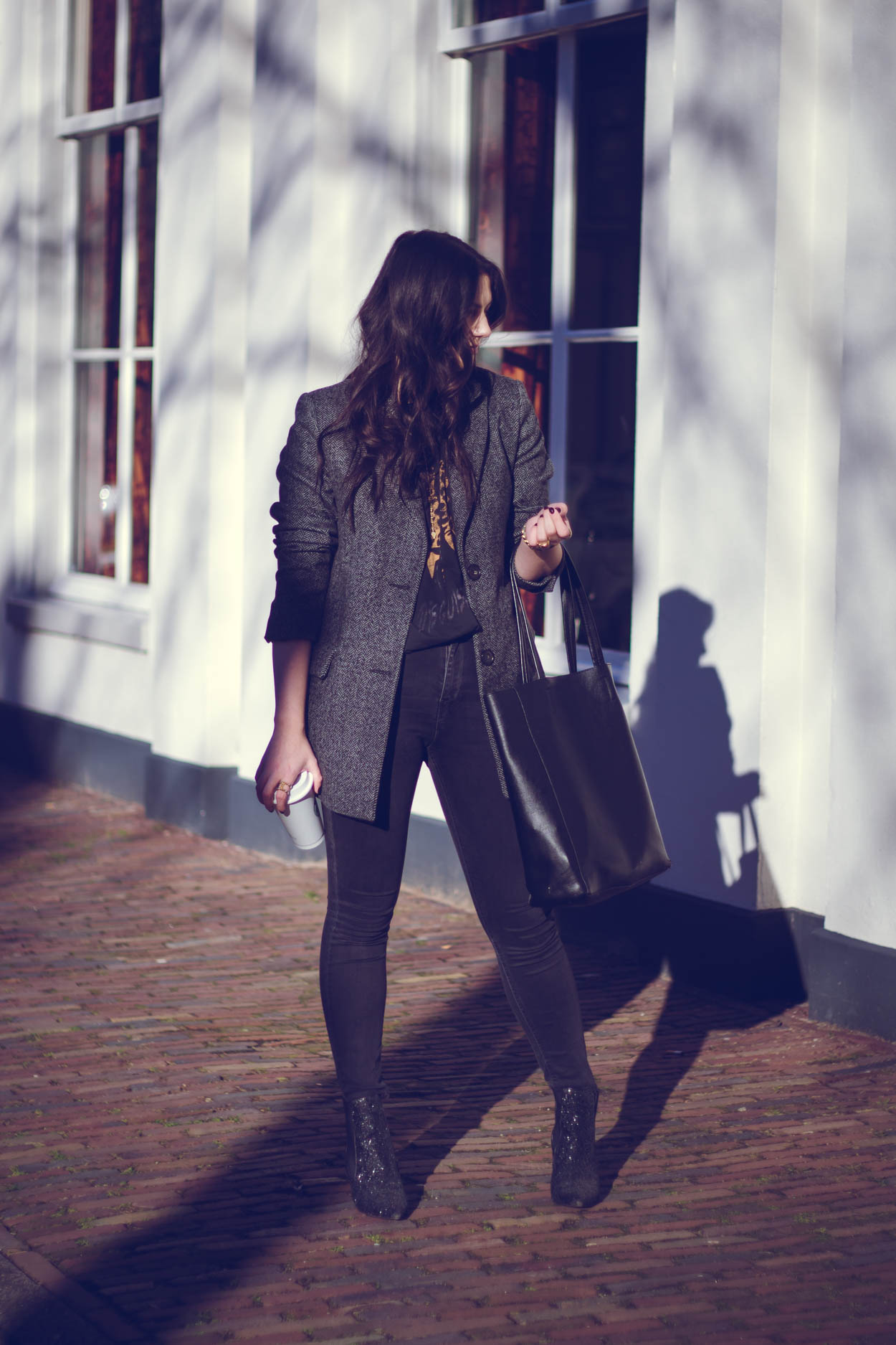 CREATE YOUR SIGNATURE WORK LOOK | THECHICITALIAN | Tips to find your signature work uniform to make you stand out
