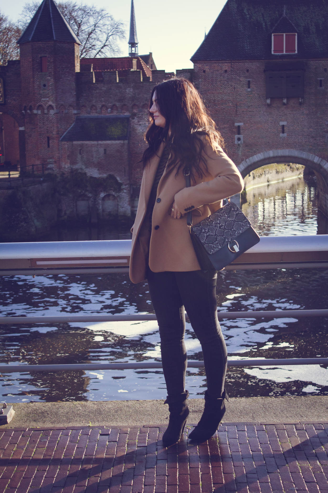 CREATE YOUR OWN CHIC CURATED WARDROBE   THECHICITALIAN   My goal this year is to be more mindful of what I buy and only buy things that work for my personal style